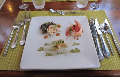 ヴィラ モンペトル 夕食の前菜